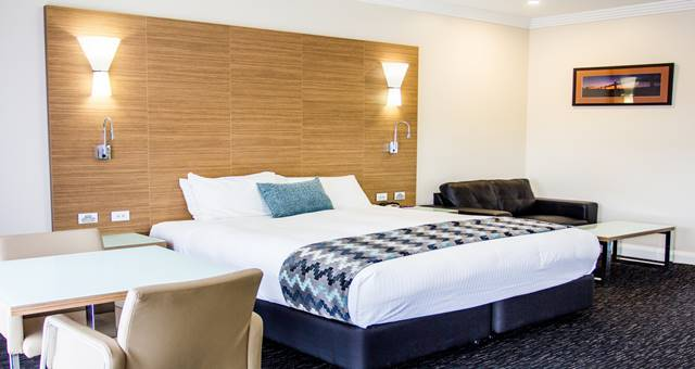 mercure goulburn room